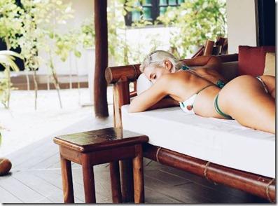Camilla Sylvie (Netherlands) - Kihaad