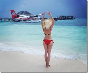 Lena Titok (Russia) - LUX South Ari Atoll