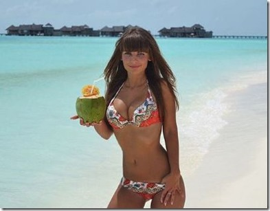 Malinka (Russia) - Gili Lankanfushi