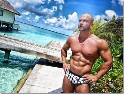 Renato Vasconcelos (Portugal) – Velassaru - fitness