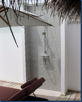 Amilla Fushi - outdoor shower