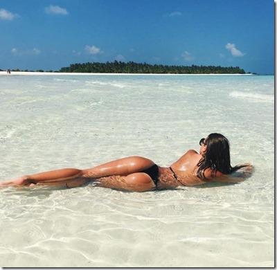 Kristina Milic (Sweden) - Sun Island