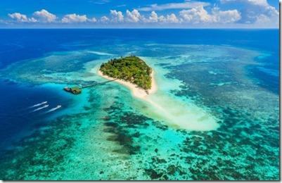Lankayan Borneo resort