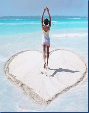 Hearts - sand