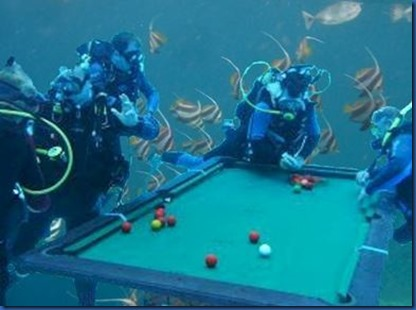 Underwater - activity - pool