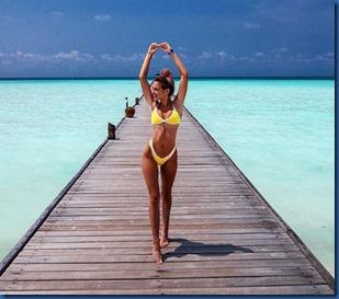 Elizabeth Rioux (France) - Sun Island