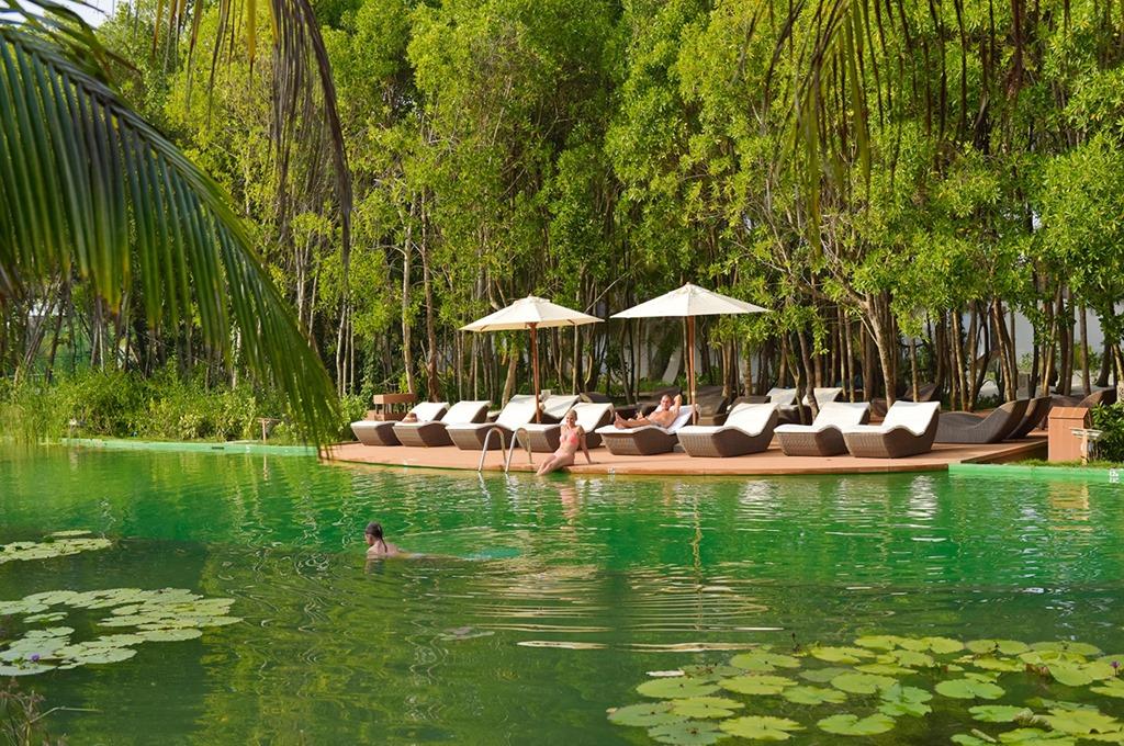 Best Of The Maldives Biotop Pool Dreamland Unique Maldives