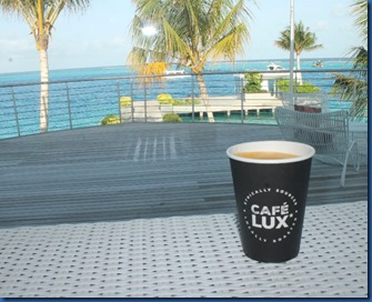 LUX North Male Atoll - cafe 2