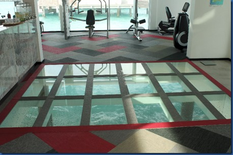 LUX North Male Atoll - gym glass floor