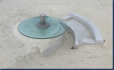 KIHAA - built-in-sand dining