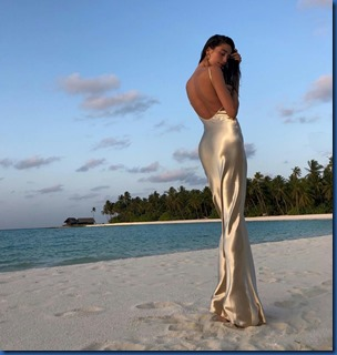 Anna Litva (Russia) - One & Only Reethi Rah