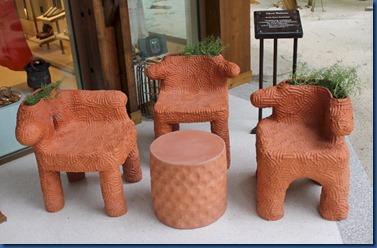 Joali - ceremic seat