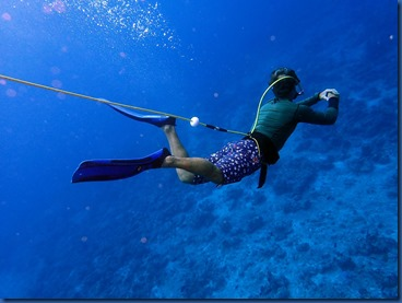 Faarufushi - Peter scuba 1