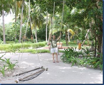 Reethi Faru - swing park