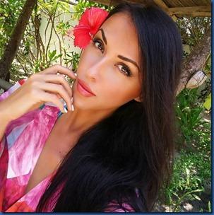 Myra Rali (Italy) - LUX South Ari Atoll
