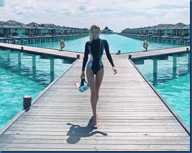 Elena Maloletko (Russia) - Sun Island